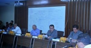 Gubernur-Sarundajang-bersama-bupati-Sompie-Singal-hadiri-Rakoor-300x199