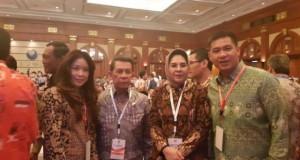 pict: Governor of North Sulawesi, Sinyo Hari Sarundajang with Vice Mayor of Manado DR Harley Mangindaan SE MSM while attending Musrembang Nasional in Jakarta