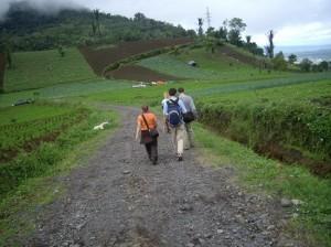 Inilah rute jika hendak mendaki Gunung Mahawu