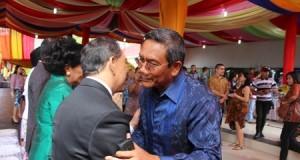 Kapolda Sulut hadiri acara open house di rumah dinas Gubernur Bumi Beringin Manado, Kamis (25/12).