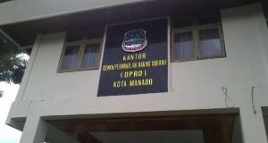 Kantor DPRD Kota Manado, tempat berhuninya para politikus kota