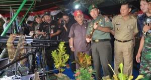 Wagub Djouhari Kansil, Ketua DPRD Sulut Steven Kandouw, Walikota Manado Vicky Lumentut dan Pangdam VII Wirabuana