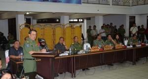 Gubernur SH Sarundajang rapatkan barisan sukseskan KEK, Senin (16/3)