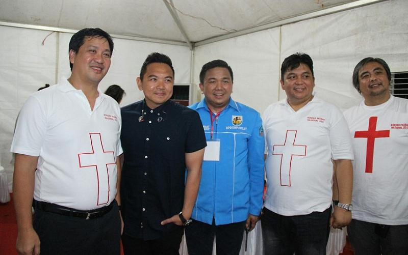 Wagub Sulut Drs Steven OE Kandouw (kiri)