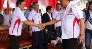 Walikota Manado Dr Ir GSV Lumentut SH MSi DEA menyambut kedatangan Gubernur Sulut Olly Dondokambey SE di lokasi kegiatan
