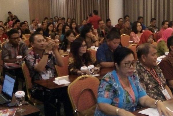 Para peserta yang mengkuti Rakor Dinas PM-PTSP se-Sulut