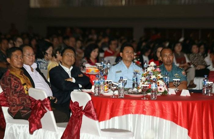 Sekprov Sulut Edwin Silangen SE MS bersama para undangan