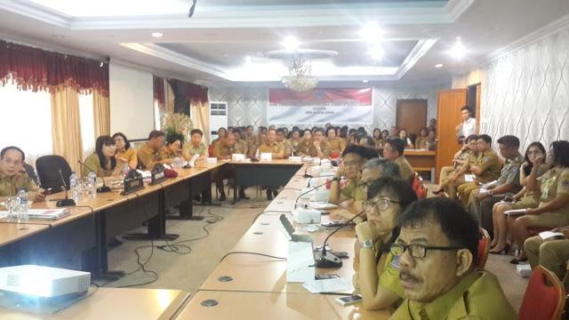 Rapat persiapan pembuatan Pergub terkait Standar Baru Pelayanan Publik di tingkat Pemprov Sulut