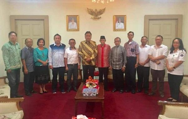 Gubernur Sulut Olly Dondokambey SE bersama FKUB Sulut
