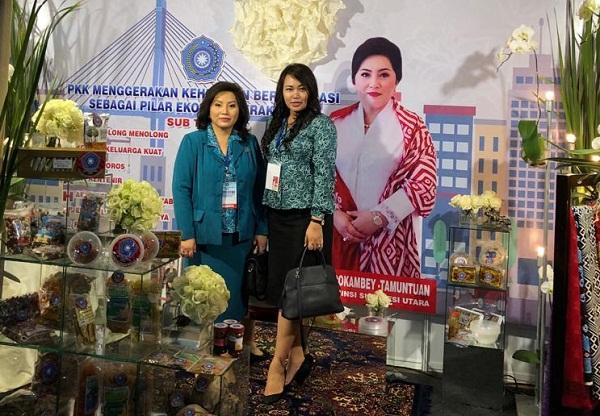Ny Ir Rita Maya Dondokambey Tamuntuan dan dr Kartika Devi Kanduw Tanos MARS (Ketua dan Wakil Ketua TP PKK Sulut)