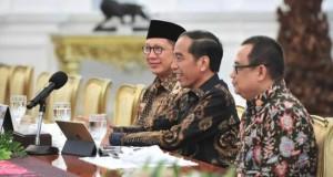 Presiden RI Joko Widodo saat menerima kedatangan Ketua PGI dan Gubernur Sulut Olly Dondokambey SE, Selasa (05/03/2019)