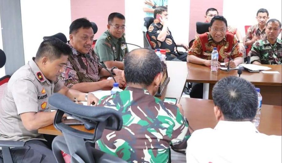 Video Conference antara Gubernur Olly Dondokambey SE dan Forkopimda Sulut dengan Kemendagri