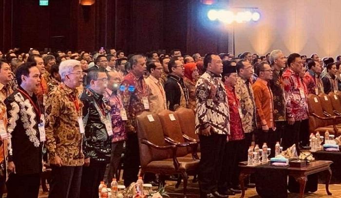 Gubernur Olly Dondokambey SE saat menghadiri Penganugerahan Penghargaan selaku Pembina Keselamatan dan Kesehatan Kerja (K3) Nasional Tahun 2019 di Jakarta, Senin (22/04/2019) malam