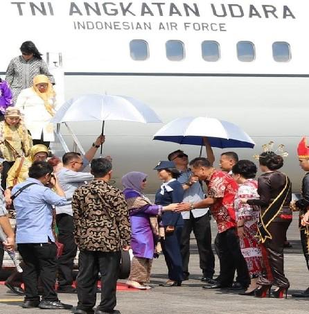 Gubernur Sulawesi Utara Olly Dondokambey SE,