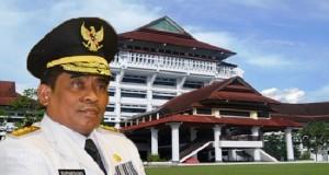 DR Soni Sumarsono MDM saat melaksanakan tugas dan tanggungjawab selaku Penjabat Gubernur Provinsi Sulawesi Utara tahun 2015