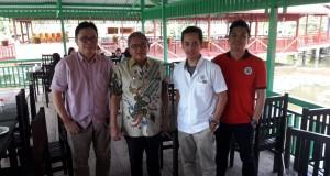 Bima Sinung Widagdo Predir Sulut United yang disambut oleh Wabup Lengkong dan menjamu makan siang di wilayah minut Jumat (23/8)