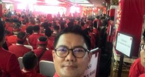 Joune Ganda tampak menghadiri Kongres V di Bali