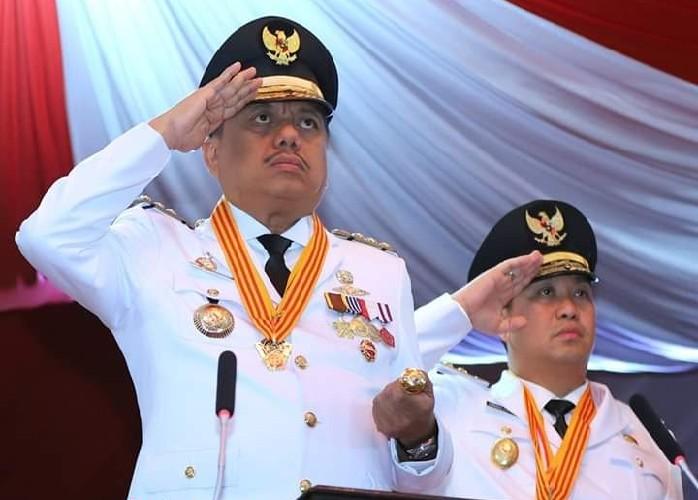OLLY DONDOKAMBEY SE dan DRS STEVEN OE KANDOUW (ODSK), Gubernur dan Wakil Gubernur Sulawesi Utara