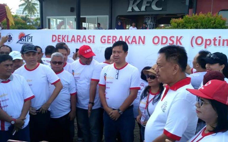 Gubernur Olly Dondokambey SE dan Wagub Drs Steven OE Kandouw (ODSK) saat Deklarasi Gerakan Optimalisasi Dukungan Sadar Kebersihan (G-ODSK), Sabtu (07/09/2019) pagi.