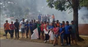 POSE: Pemerintah Kecamatan Airmadidi dan Pemdes Sukur serta Siswa melakukan aksi bersi-bersih di Zero Ponit Minut.