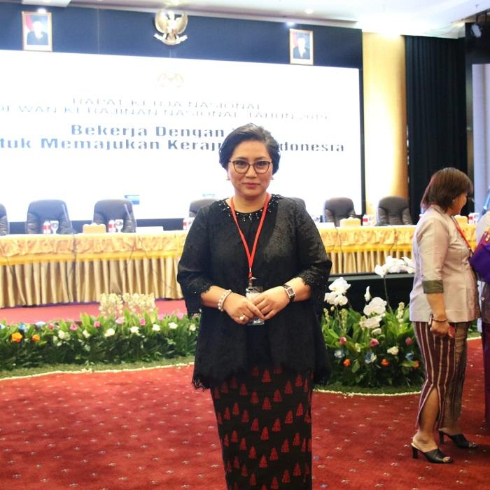 IBU RITA MAYA DONDOKAMBEY - TAMUNTUAN, Ketua Dekranasda Sulut