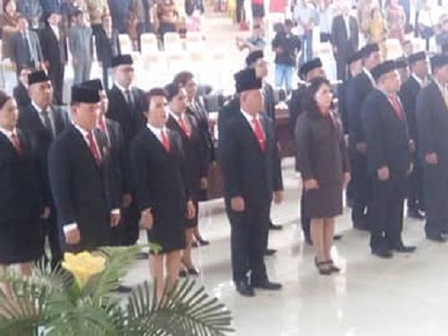 Para Anggota DPRD Kabupaten Minsel yang baru dilantik