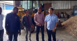Pemerintah Ghana, Bank Exim dan pengusaha dari Ghana saat meninjau produksi di PT. Royal Coconut.ist