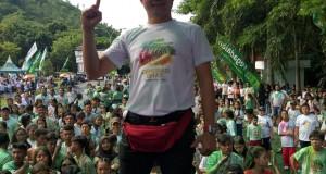 Joune Ganda SE lebur bersama ribuan milenial, generasi emas Minahasa Utara di acara Colour Run Pegadaian Wilayah 2 Manado, Sabtu (14/12/2019)