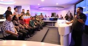 Kadis Kominfo Kota Manado saat menyambut kunjungan kerja Forkopimda Kabupaten Gorontalo