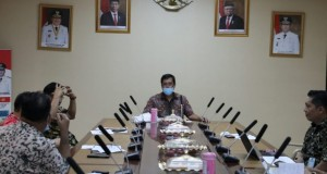 Wakil Gubernur Sulut Drs Steven OE Kandouw pimpin Rapat Terbatas penanganan wabah Virus Corona, Kamis (26/03/2020)