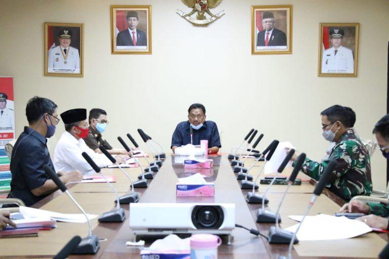 Gubernur Olly Dondokambey SE saat memimpin Rakor dengan Forkopimda dan Tokoh Agama jelang Perayaan Idul Fitri 1 Syawal 1441 Hijriah