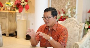 DRS STEVEN OE KANDOUW, Wakil Gubernur Sulut, juga sebagai Ketua AIPI Cabang Manado