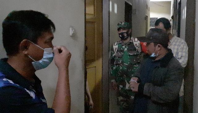 Sidak Rumah Kost dari Aparat Kelurahan dan Aparat Keamanan di Bahu, Kota Manado, Kamis (30/07/2020) malam