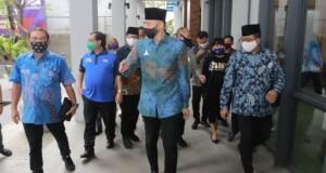 Ketua Demokrat Minut Stendy Sten Rondonuwu bersama Ketum Demokrat AHY saat berada di Jakarta beberapa waktu lalu.