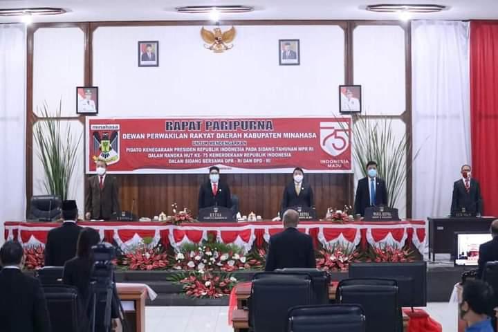 Ketua DPRD Kabupaten Minahasa Ibu Glady EP Kandouw SE saat memimpin Rapat Paripurna Istimewa dalam rangka Mendengarkan Pidato Kenegaraan Presiden Joko Widodo, Jumat (14/08/2020)