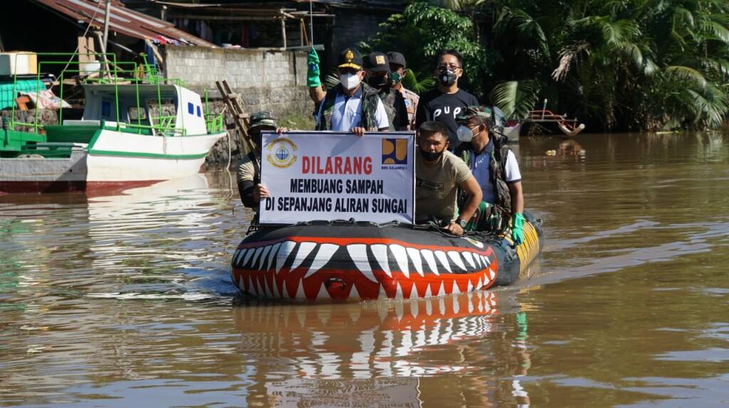 16-10-2020 Lantamal VIII Bersih Sungai5