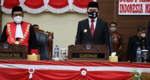 Pjs Gubernur Agus Fatoni saat menghadiri Rapat Paripurna DPRD Sulawesi Utara, Senin (26/10/2020)