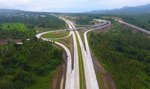 Pembangunan Jalan Tol Manado-Bitung sebagai akses pendukung KEK Likupang dan KEK Bitung