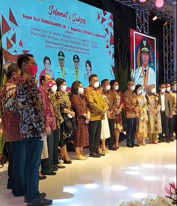 Foto bersama di momentum Ibadah Syukur Olly-Steven memimpin Sulut periode kedua