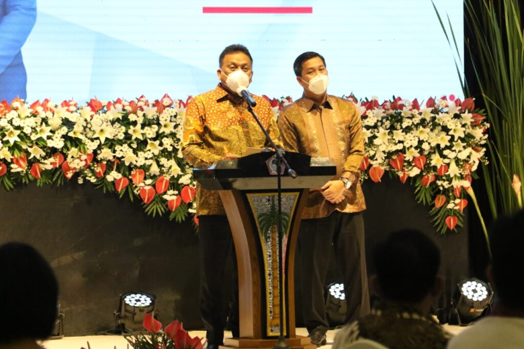 Gubernur Olly dan Wagub Kandouw menyampaikan optimisme membangun Sulut makin maju di periode kedua.