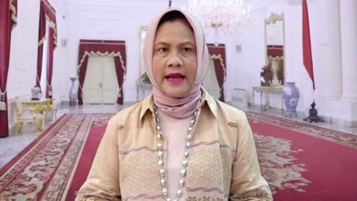 Iriana-Joko-Widodo-Padangkita.com_-768x432-1-728x410