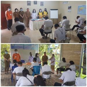 Kepala Dinas Pendidikan Minut Olfy Kalengkongan didampingi Sekertaris Pettra Enoch dan Kepala Seksi Kesetaraan Heysye Sumilat memantau pelaksanaan ujian Paket C oleh PKBM Pasong.