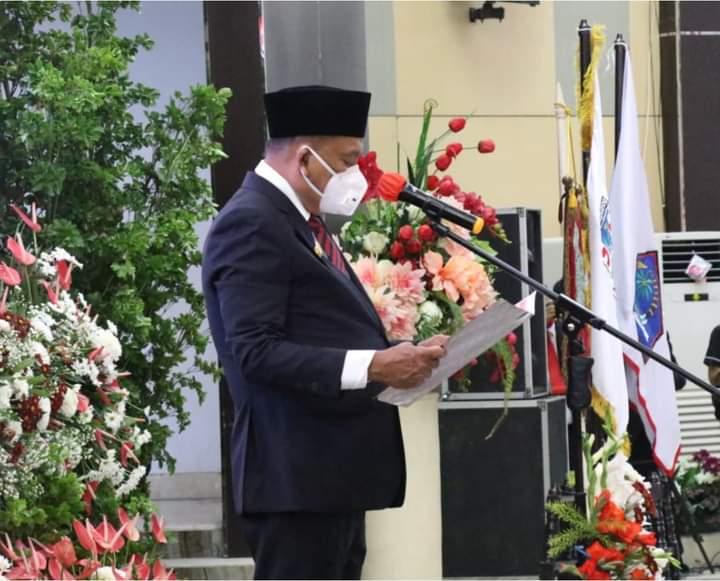 Gubernur Sulut Olly Dondokambey SE saat melantik Walikota dan Wakil Walikota Manado periode 2021-2024, Senin (10/05/2021).
