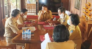 Rapat TAPD Pemprov Sulut terkait Penyusunan KUA-PPAS, Senin (26/07/2021).