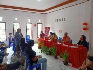 Reses Ketua Komisi III DPRD Sulut Berty Kapojos, S.Sos di Desa Kawangkoan, Kecamatan Kalawat.