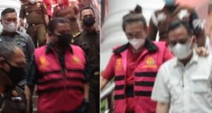 Tersangka digelandang Jaksa ke Rutan, Rabu (08/09/2021) malam.