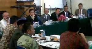Komite IV DPD RI bersama Direksi PT Bank SUlut