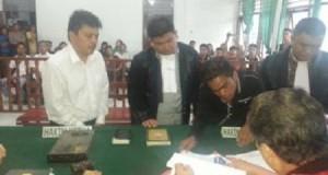 Suasana sidang kasus pembunuhan Kairagi Weru