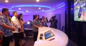 Kadis Kominfo Manado Erwin Kontu, S.H bersama Walikota Manado, G.S. Vicky Lumentut dan Wakil Walikota Manado Mor Dominus Bastiaan saat berada di Media Center.