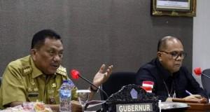 Gubernur Olly Dondokambey SE saat memaparkan kondisi Sulut pada Tim Komisi II DPR RI, Senin (11/10/2021)